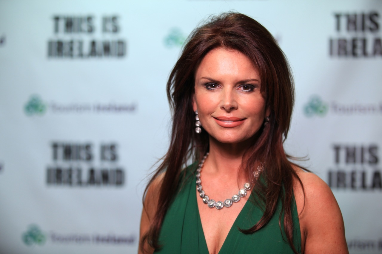 Roma Downey gold and silver days